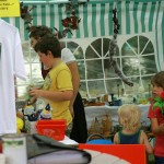Flohmarkt auf dem Quätschichfest Sep.2011 in Kreuzwertheim. Claudia Albert und Artur Rösch aus der Frühmeß in Kzw. haben dies ermöglicht und sich die Mühe gemacht. Tausenddank!!!